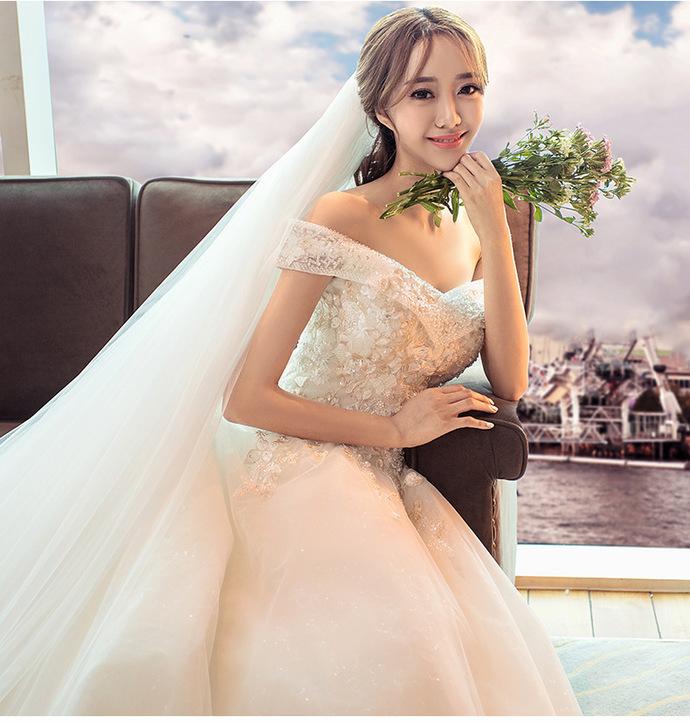 Slim thin shoulders luxury flowers fashion princess dream bride dress long