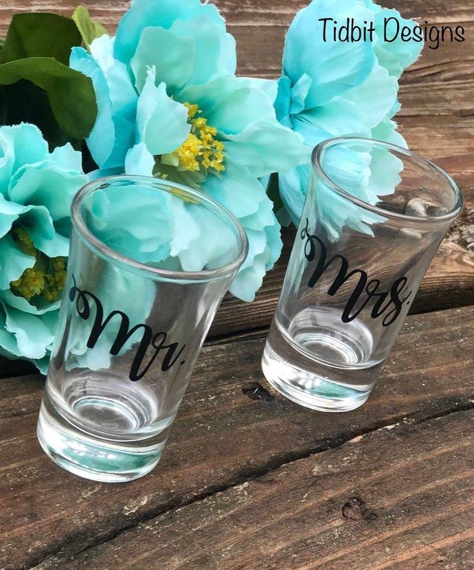 Mr. & Mrs.  Bride and Groom Shot Glass Set / Gift Set / Party Favor