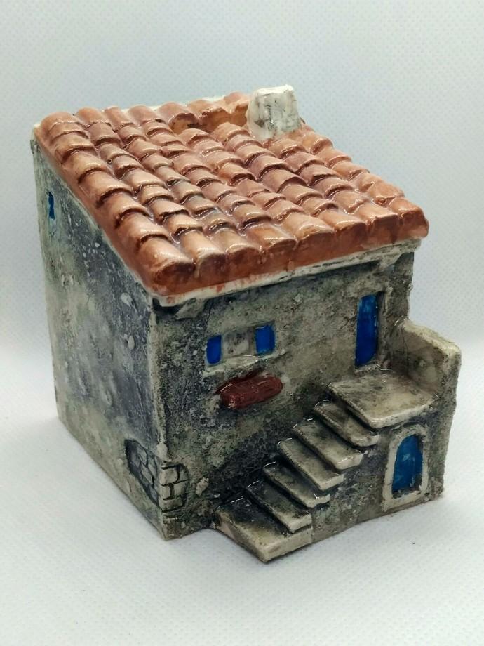 Little house - money box