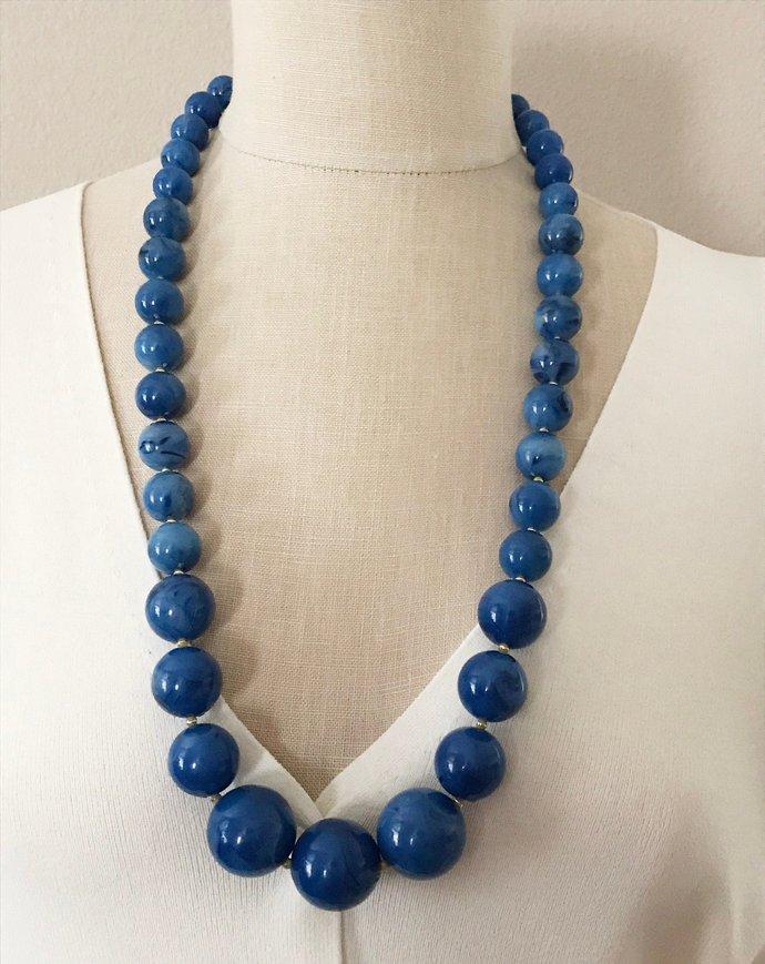 Vintage Large Bead Rich Blue Lucite Necklace, 28 Inch, Beautiful Blue Subtle