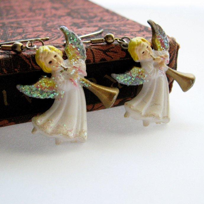 Vintage Glitter Angel Trumpet Kitsch Earrings, 50s Christmas Holiday Earrings,