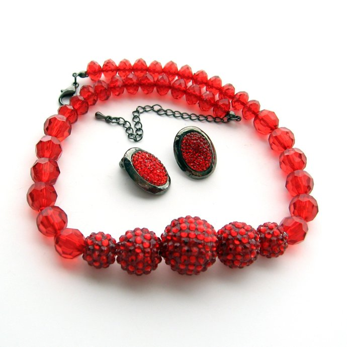 Vintage Cherry Red Molded Bead Ball Necklace Earrings Married Jewelry Set,