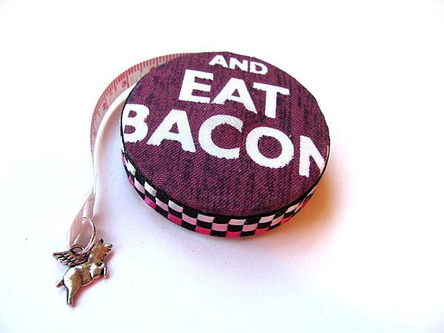 Bacon Love Small Retractable Pocket Tape Measure