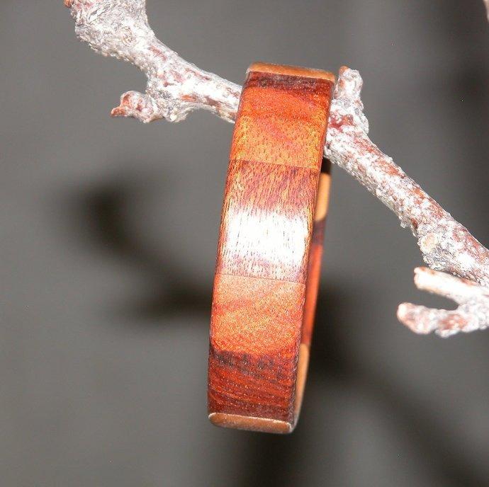Bracelet - Brown Colors of Multiple Hardwoods - Size Medium - Free Shipping