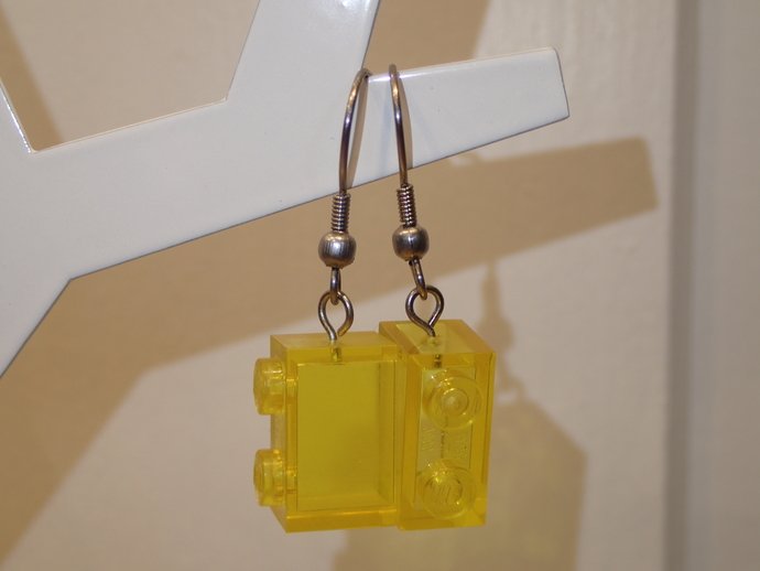 LEGO earrings - Dangling - See Trough Yellow