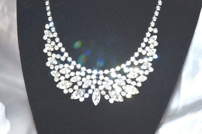 Signed WEISS 1940s 50s Clear Rhinestone Bib Style Necklace