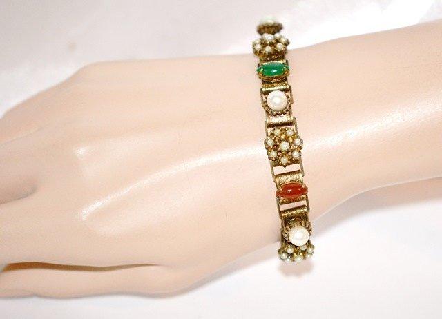 Bracelet Rhinestone and Art Glass Gold Tone Book Chain
