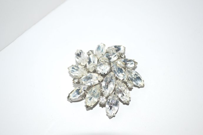 Brooch 1940s Era Clear Layered Rhinestones