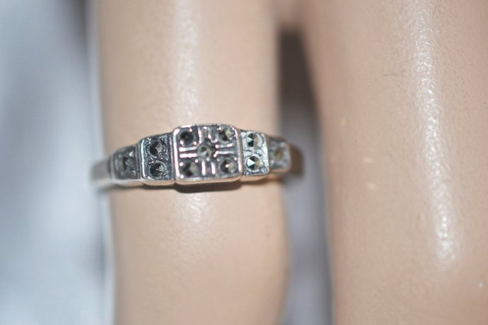 Engagement Ring with Rivoli Set Marcasite in Sterling Silver