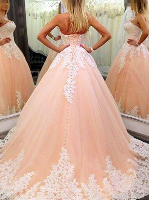 Tulle Strapless Neckline Ball Gown Formal Dresses With Lace Appliques Prom