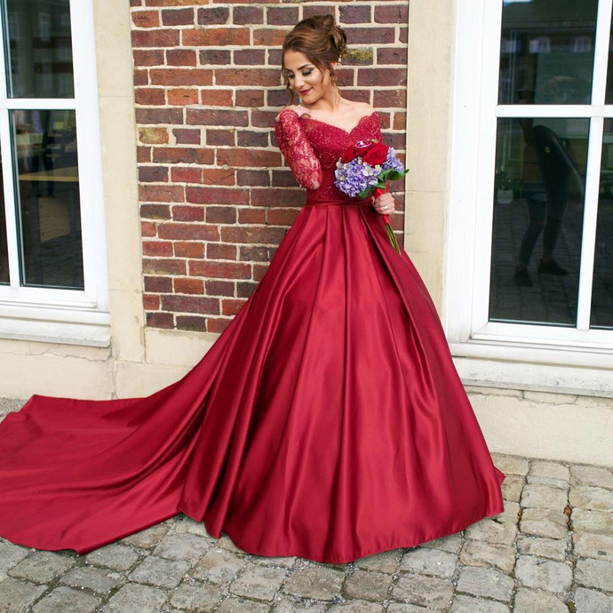 Illusion Neckline Long Sleeves Red Satin Ball Gowns Prom Dresses 2018 Wedding