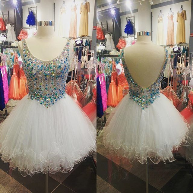 Turquoise Beaded Scoop Neck Tulle Ruffles White Homecoming Dresses 2019 Short