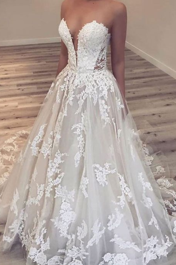 Sexy V Neck Long Wedding Dresses with Appliques, Tulle Bridal Dresses
