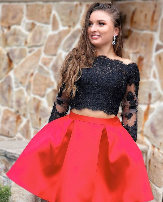 Sexy Appliques Beaded Short Homecoming Dress, Long Sleeve Two Piece Prom Dress