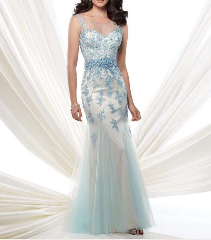Elegant Dot Tulle Bateau Neckline Mermaid Prom Dress with Beaded Lace Appliques