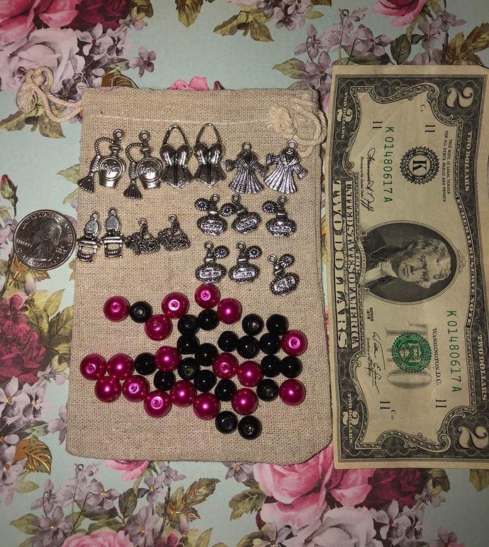 Girls Night Out Charm & Bead Set ~ 56 pc bead & charm kit