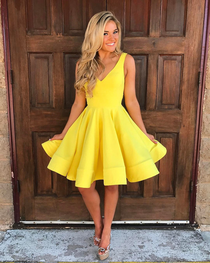 Yellow Homecoming Dress,V Neck Prom Dress,Swing Party Dress,Short Cocktail