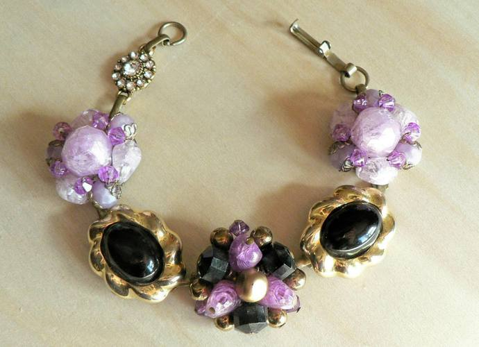 Vintage Purple Black and Gold Earring Bracelet
