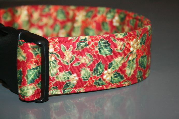Christmas Holly Red Green Adjustable Dog & Cat Collars & Martingales & Leashes