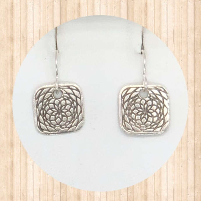 Sterling Silver Small Rounded Square Earrings with Lacy Circular Design.