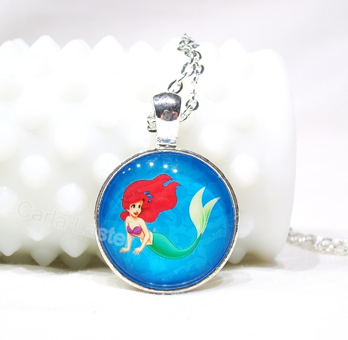 Gifts for girl.  Little girl's necklace, mermaid necklace, Ariel, Stocking