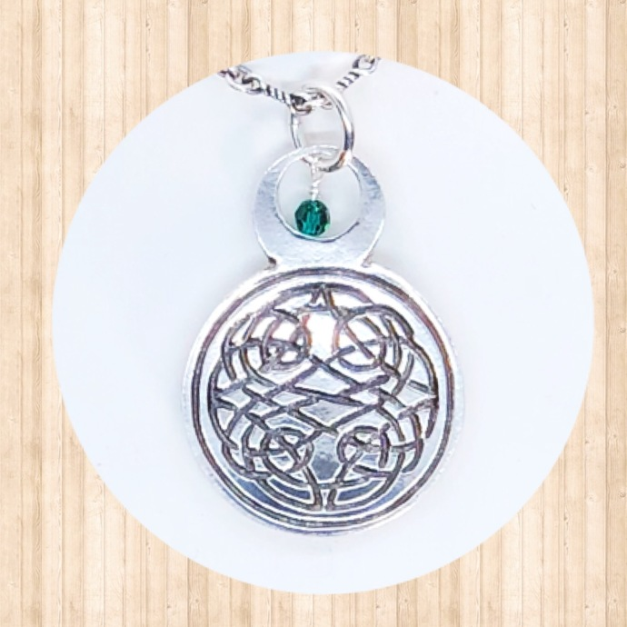 Sterling Silver Circular Pendant with Celtic Knot and Round 4mm Swarovski