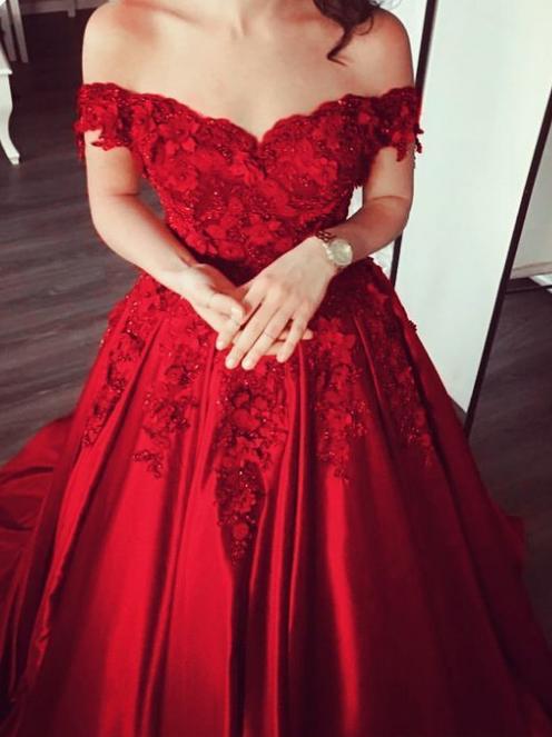 Elegant V-neck Off The Shoulder Lace Beaded Prom Dresses Floor Length Evening