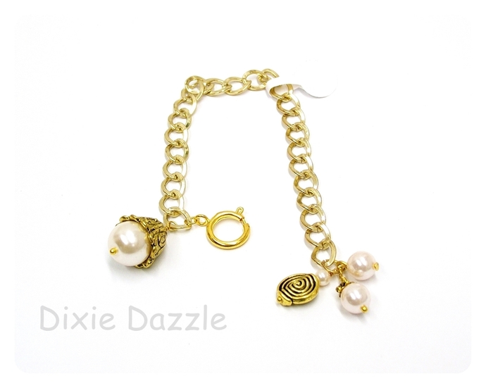 Pearl charm bracelet with large easy open clasp, Adjustable bracelet, gold charm