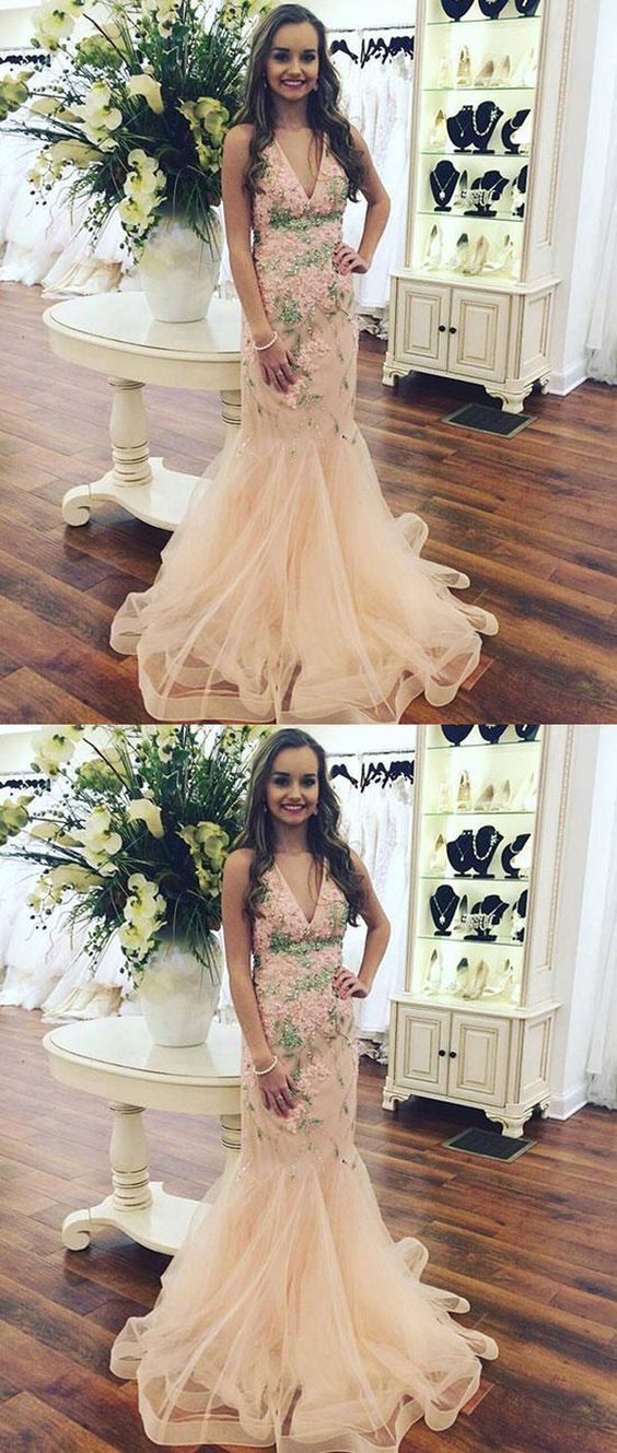 Charming Champagne Mermaid V-Neck Long Prom Dress With Appliques