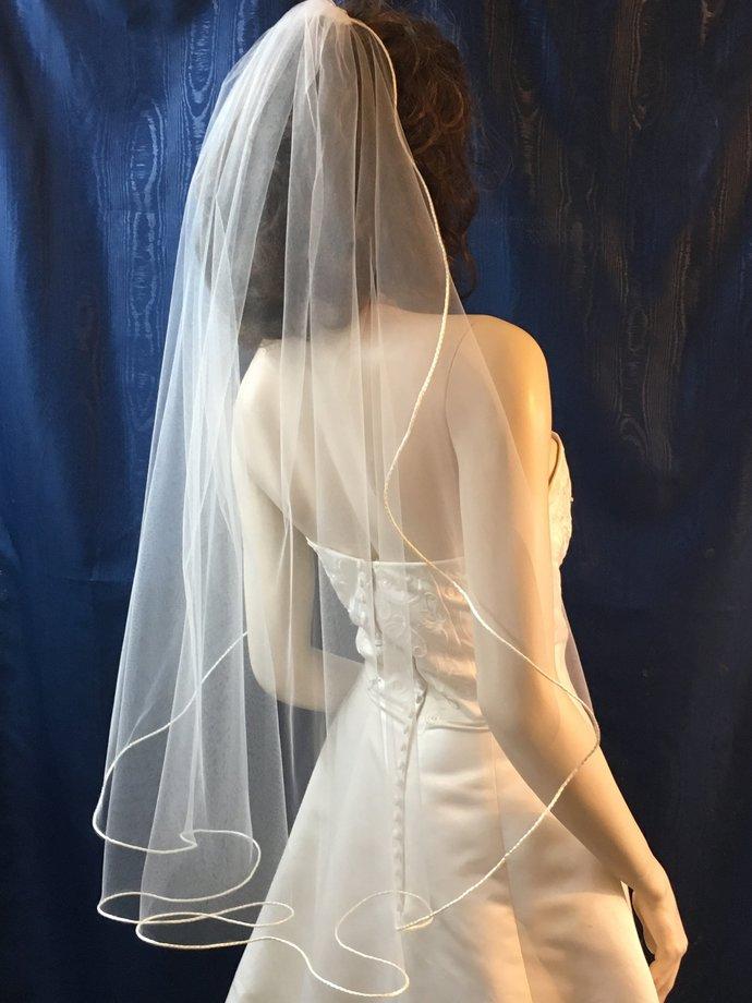 Wedding Veil, 1 tier ,satin cord trimmed ,fingertip length cascade cut cascading