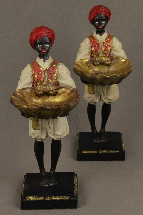 A pair Blackamoor figures figurines Holding Giant Clam Shells statues sculpture