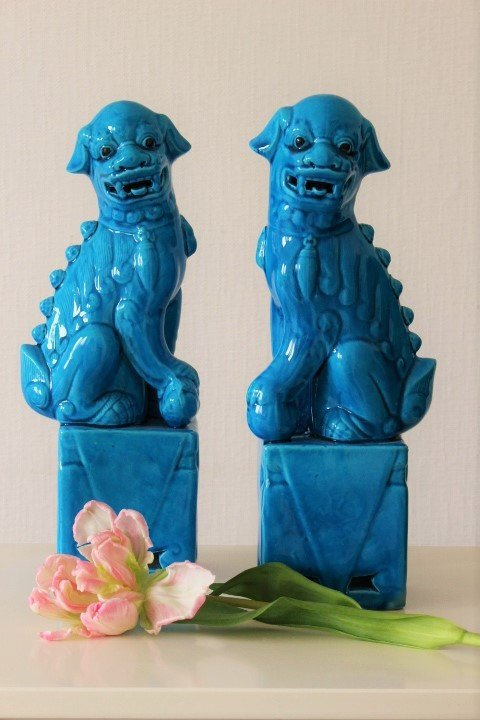 Vintage pair Chinese Blue Porcelain Foo or Fu Dogs Temple Lion Dogs statues mid
