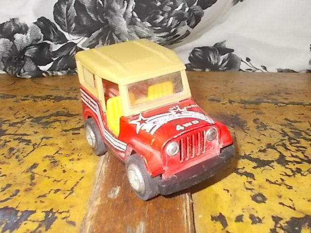 Jeep  Off Road 4 WD Red Super Power , Vintage Metal Jeep, Small Metal Jeep,