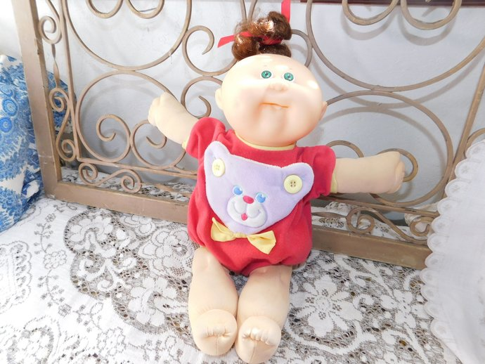 Cabbage Patch Doll, Xavier Roberts, 1983 Vintage Cabbage Patch Baby Kid Doll in