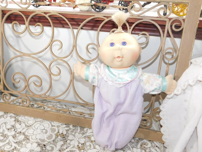 Cabbage Patch Doll, Mattel First Edition Cabbage Patch Doll, 1995 Cabbage Patch