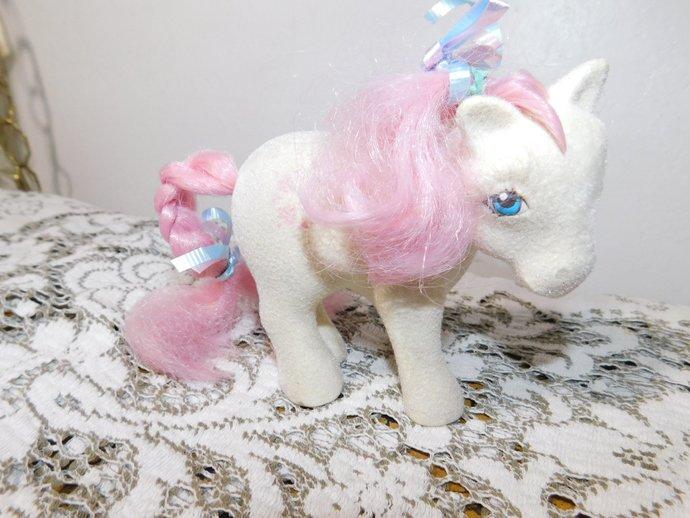 VTG My Little Pony Softy 83 Sun Dance White Pink Hearts Hasbro, My Little Pony,