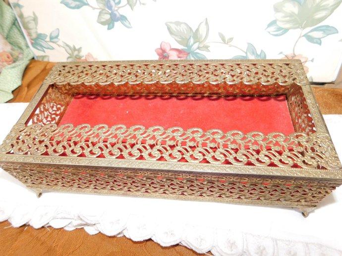 Beautiful Gold Kleenex Box, Vintage Kleenex Box, Vintage Bathroom, Gold Kleenex