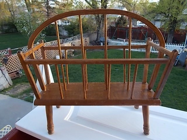 Magazine Rack Bent Wood Handle, Primitive, Folder Holder, File Holder, Bath