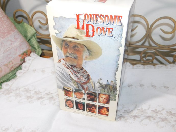 Lonesome Dove 1991 4 VHS Robert Duvall Box Set of 4 Volumes, Lonesome Dove,