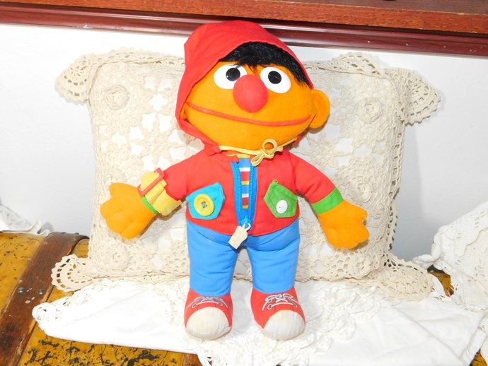 Ernie Doll I can do It Myself Teaching Doll, Teaching Doll, Sesame Street,