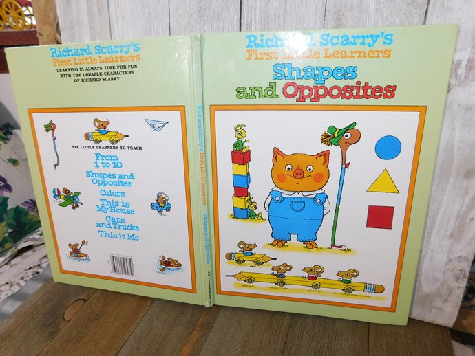 Richard Scarry's First Little Learner Shapes and Opposites 1995, Vintage