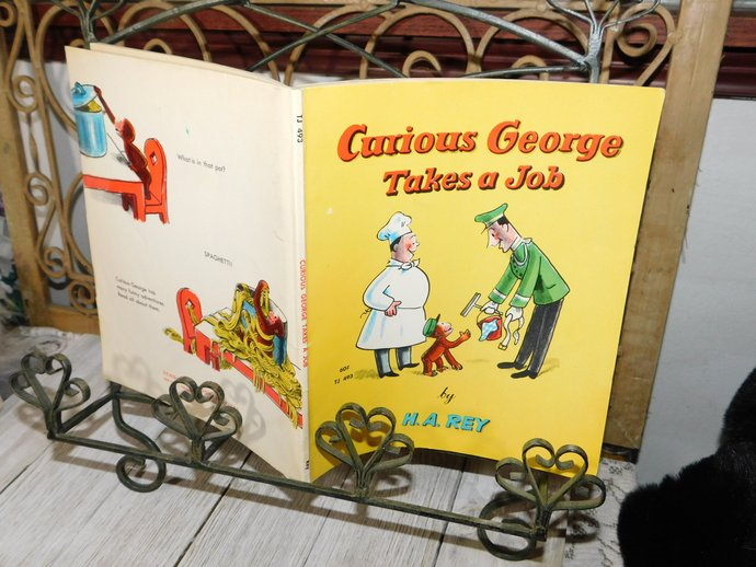 Curious George Takes A Job 1969, By H.A Harper, Vintage Paper Back Book, Vintage