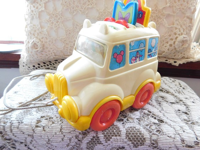 Disney Pull Along School Bus Toy Pop-Up Baby Toddler Toys, Disney Toys, Vintage