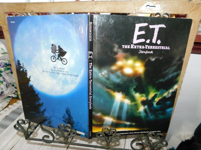 E.T. The Extra-Terrestrial Storybook William Kotzwinkle 1982, Vintage Hard Cover