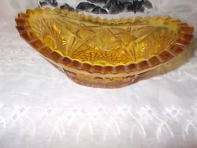 Amber Honey Starburst Small Bowl, Vintage Bowl, Candy Dish, Butter Dish, Vintage