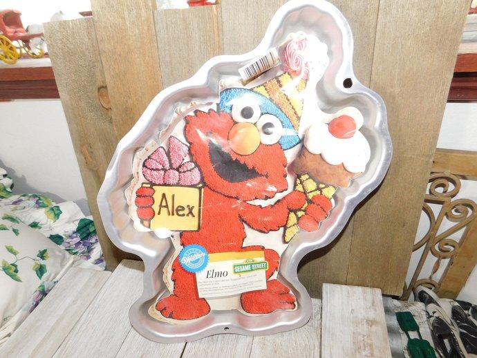 Elmo Cake Pan 1996, Elmo, Vintage Elmo Cake Pan Wilton Pan, Birthday Cake,
