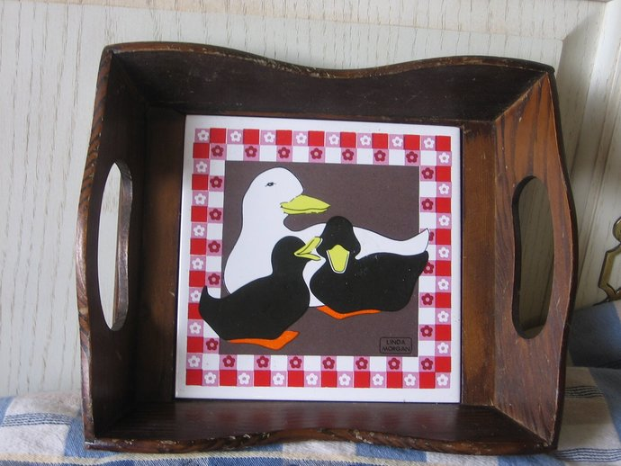Wood Tray,  Mommy Duck and two Babies Tray Sweet by Linda Morgan, Vintage Wood