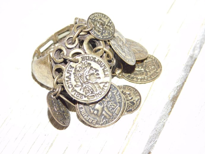 Vintage Dangle Coin Ring, Vintage Coin Ring, Coin Ring, Dancer Coin Ring, Prop,