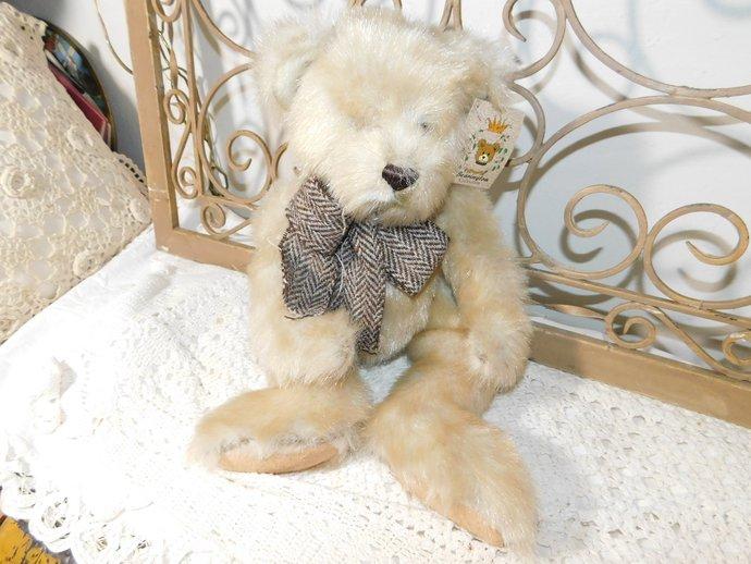 THE Bearington Collection Chaucer 1997 Fall, Stuffed Bear, Teddy Bear, Vintage