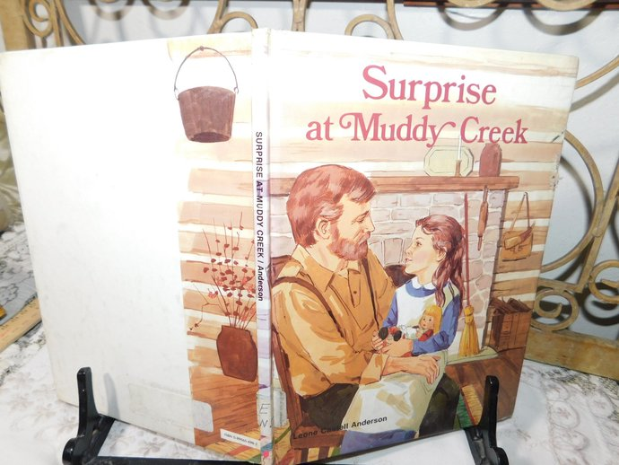 Surprise at Muddy Creek 1991, A Book for early readers, By Leone Castell